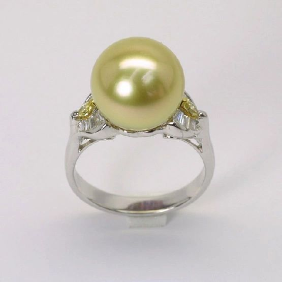 18K W/G Diamond South Sea Gold Pearl Ring