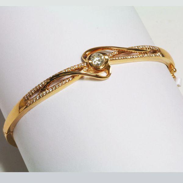 18K White Rose Gold Diamond Bangle