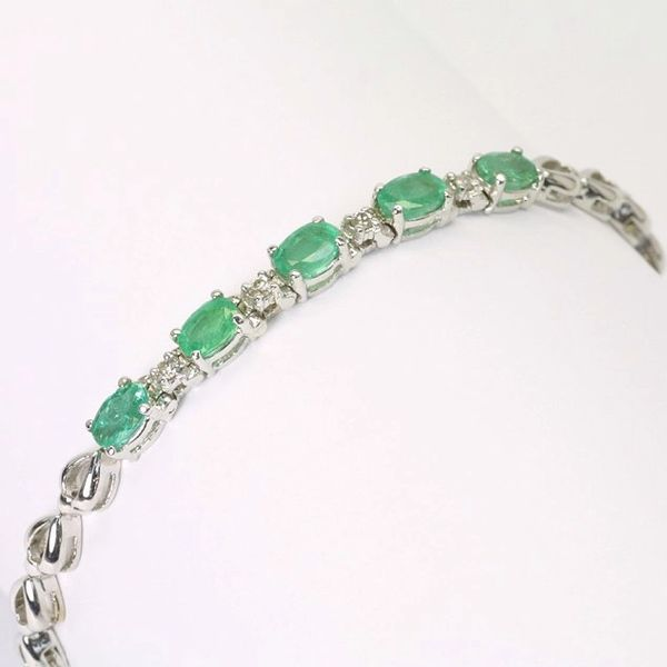 14K W/G Diamond Emerald Bracelet