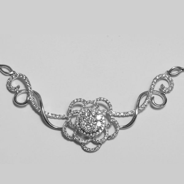 18K White Gold Diamond Neckalce