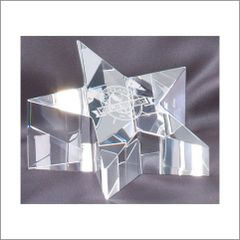 CRY224 - STAR OPTICAL CRYSTAL PAPER WEIGHT