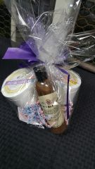 Royal/MangoCreams/LiquidBarNaturalBlackSoapsBasket