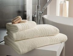 Hampton cream Egyptian Cotton towels