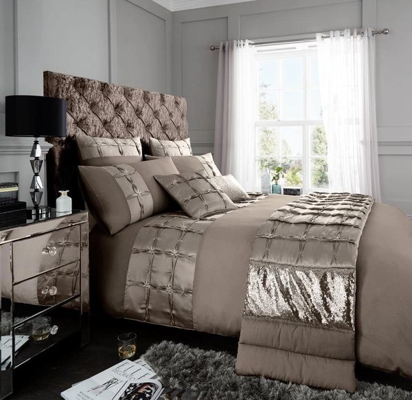 Adriana oyster cotton blend duvet cover