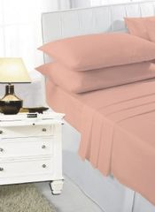 Peach fitted sheet