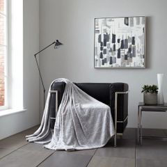 Metallic Cube grey/silver throw