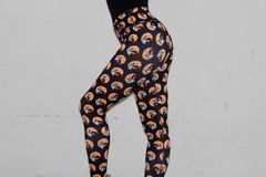 Bloody Moon Yin Yang Leggings