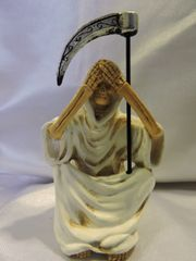 Santa Muerte Blanca No Ver - White Holy Death Hear No Evil