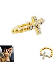STRETCH TO FIT CROSS RING IN GOLD TONE, GOLD PLATING / MATERIAL. A 10376