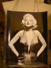 Marilyn Monroe II Collector Magazine Purse