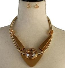 Geometric Gold Necklace Set