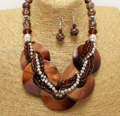 Chunky Shell Braided Necklace & Earring Set-Brown
