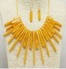 Acrylic Fashion Necklace Set-YW