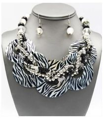 Chunky Shell Braided Necklace & Earring Set-Zebra Print