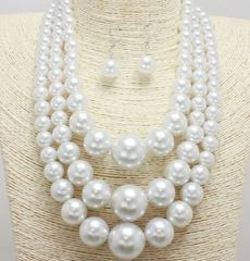 3 Strands Pearls-White