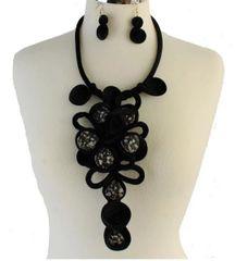 Long Velvet Necklace Set-Black