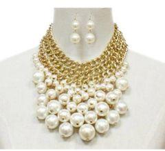 Gold Metal Pearl Cluster Necklace Set-Creme