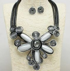 Large Metal Flower Necklace Set-Silver
