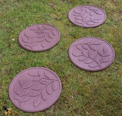 Stepping Stone Garden Path Leaf Design Recycled Rubber Ornament 4 Pack