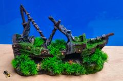 Aquarium Ornament Shipwreck Grass Moss Cave Hide Decoration Fish Tank