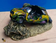 Old Car Mini Wreckage Fish Tank Ornament Aquarium Decoration Cave