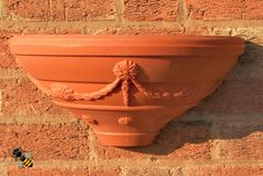 Garden Wall Planter Fence Trellis Patio Tub Basket Terracotta Colour