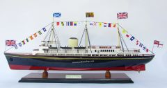 HM Royal Yacht Britannia Ship Model 29""