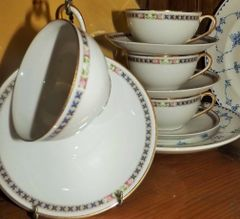 """Nippon"" Cup & Saucers"
