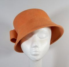 Peach Fur Felt Pork Pie Cloche