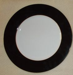 Susaki Black Band and gold trim 12 inch Charger Service plates (12)