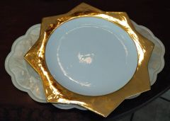 "Gold leaf high quality ""Star"" pattern Italian charger plates"