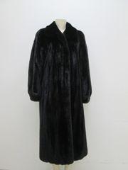 "Mink Fur Coat - Very FINE Black Female Ranch Mink Fur Coat ""P L"" Collection"