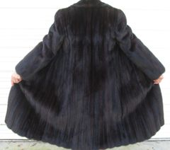Mink Coat Very Fine Female Let-out Ranch Mink Coat Amazing QUALITY! Very Clean Perfect Mint Condition * Size 6 +