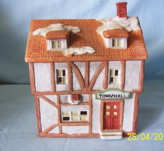 "CHRISTMAS VILLAGE - Lighted Porcelain Christmas Village TOWN HALL 6 1/4"" Tall"
