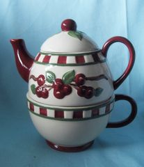 TEA SET - 2001 Ceramic Tea-For-One Cherry Tender Heart Tea pot