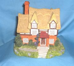 COLLECTIBLES: 1995 Olde England's Classic Collectible Cottage - Somerset Classic Cottage