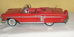1958 Chevy Impala Convertible Diecast Collectible Model Car 1:24 Scale Motormax