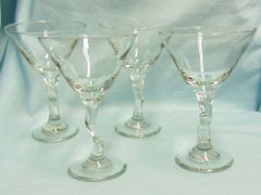 COCKTAIL GLASSES Set of (4) LIBBEY Martini 9 ounce Z-Shape Stemware Glasses