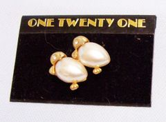 JEWELRY: Fashion Pin Cute Twin Gold Color Penguines with Clear Rhinestones
