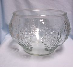 PUNCH BOWL - Crystal Clear Punch Bowl by Indiana Glass Co. - Celebration (Cluster of Grapes)