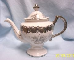 TEAPOT: Norcrest 25th Silver Anniversary Tea Pot with Lid Fine China Japan K331