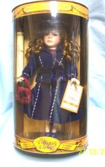 COLLECTIBLE DOLL: Fashions of the Century Doll 1940's Collector's Choice