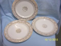 PLATES: Vintage Stetson (6) Dinner Plates with 22K Gold Greek Key & Shield Gold Trim