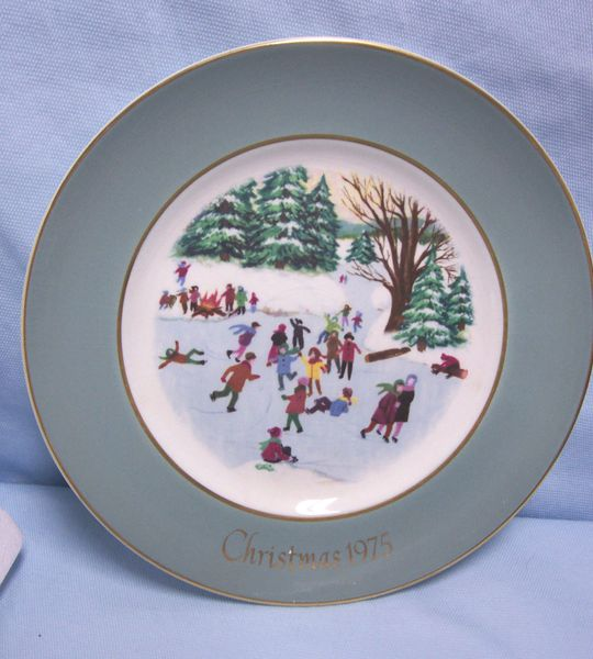 wedgwood collectible plates
