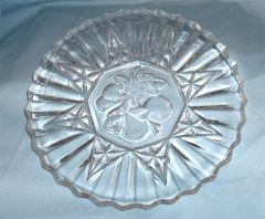 LUNCHEON PLATE - Vintage Clear Pressed Glass Plate Fruit Pattern FEDERAL PIONEER