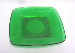 SAUCER/PLATE; Anchor Hocking Forest Green Depression Glass Saucer/Plate - CHARM