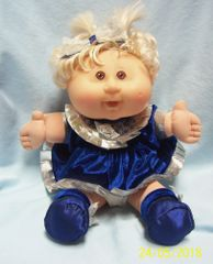 """COLLECTIBLE DOLL: Cabbage Patch Play Along Doll 2004 Blonde Hair Brown Eyes Xavier Roberts 14"""" H"""