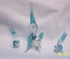 MINIATURES: Set (3) Blue/White Miniature Glass Antelope Mother & Babies Collectible Figurines