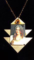 Cleopatra Necklace Selfie