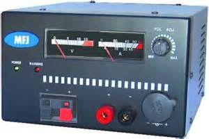 MFJ-4235MV 35 Amp Switching Power Supply